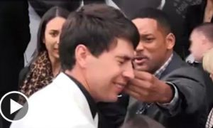 Will Smith Smacks A Reporter With A Backhand